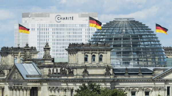Alexei Navalny was poisoned by a rare nerve agent developed in Russia, German officials say. Navalny, a leading critic of Russian President Vladimir Putin, is being treated in Berlin's Charité hospital, seen here behind the Reichstag.