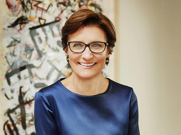 Citigroup appointed Jane Fraser as its next CEO, making her the first woman to lead a major U.S. bank. She will replace Michael Corbat, who will step down in February.