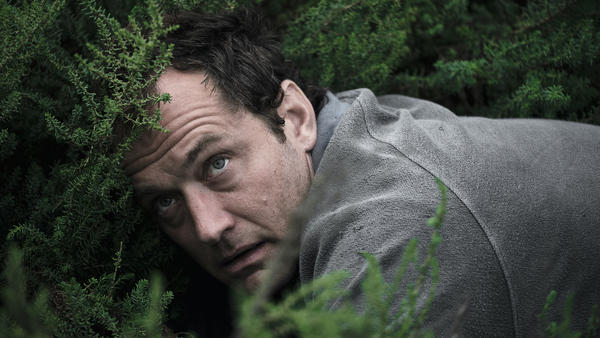 Jude Law plays a man who's in over his head in HBO's <em>The Third Day</em>.