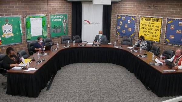 The Peoria Public Schools board of education voted Monday to bring students in grades 2-4 back to the classroom in late October.