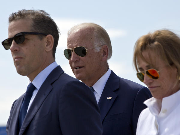 Joe Biden, center, his son Hunter Biden and his sister Valerie Biden Owens in 2016. Hunter Biden is the subject of a new GOP report.