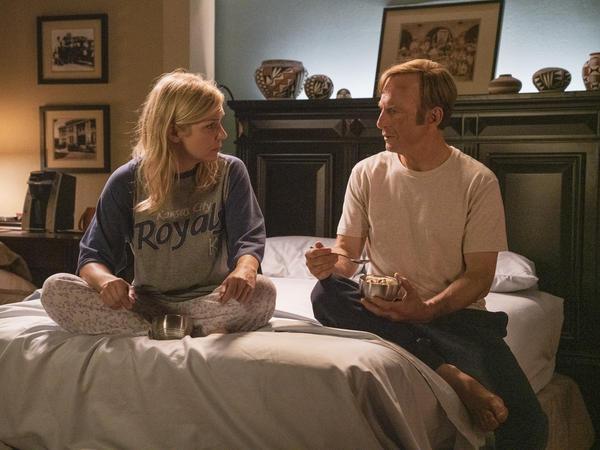 Rhea Seehorn as Kim Wexler, Bob Odenkirk as Jimmy McGill in <em>Better Call Saul</em>, an Emmy snub but a Deggy winner.