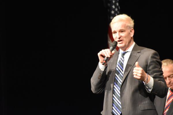 Republican U.S. Senate candidate Mark Curran speaks at a GOP Candidates Forum in Washington, Ill. in January 2020.