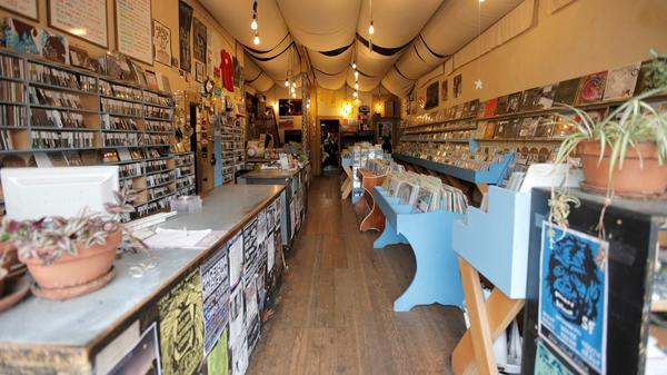 San Francisco's Aquarius Records wrote over 500 New Arrivals lists from 1995 until the store closed in 2016.