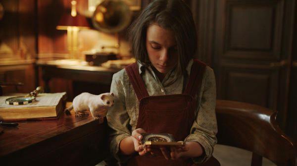 Dafne Keen as Lyra (alongside her daemon Pantalaimon) in HBO's new adaptation of Philip Pullman's His Dark Materials trilogy.