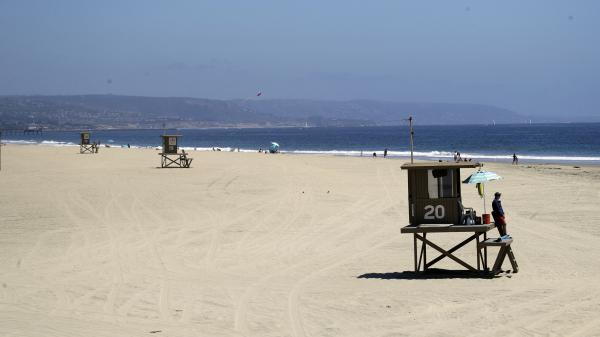 In Newport Beach, the beaches were practically empty this weekend. Last weekend, thousands gathered on Orange County beaches, prompting California Gov. Gavin Newsom to implement a beach shutdown in Orange County.