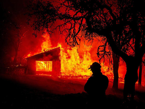 Some of California's most destructive wildfires aren't among the state's largest, so fire scientists advise focusing on homes instead of overall acreage.