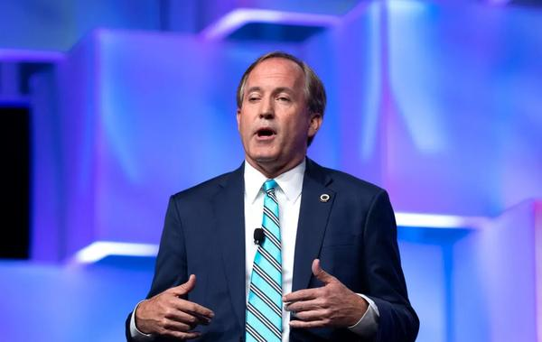 Senior aides allege Ken Paxton broke the law by using the attorney general's office to serve the interests of a political donor.