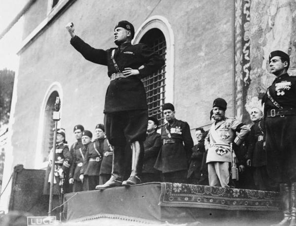 Italian fascist dictator Benito Mussolini (1883 - 1945) giving a speech.   (Fox Photos/Getty Images)