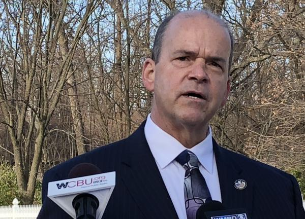 Peoria City Councilman Denis Cyr announced his bid for a second term as the 5th District's representative during a news conference Tuesday at his Townsend Drive home.