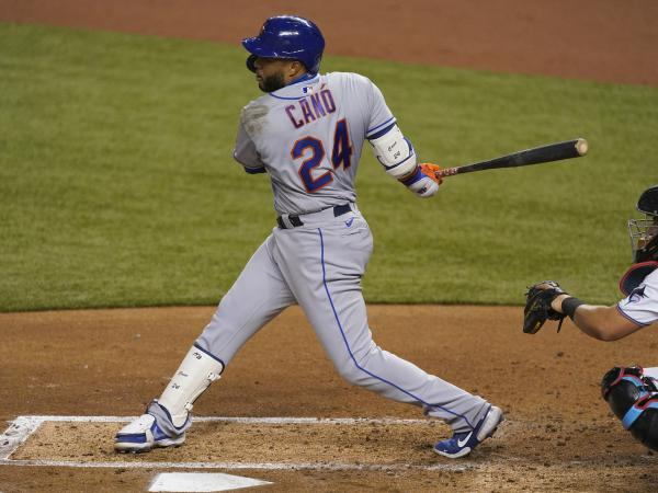 Robinson Canó of the New York Mets bats against the Miami Marlins on August 17, 2020. MLB banned Canó for next season following a positive steroid test.