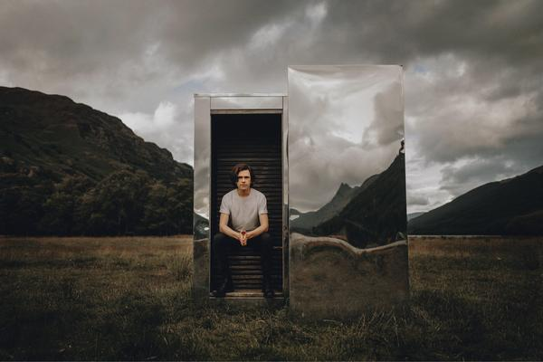 """""""Even in fragmented times, we can still find new forms of connection,"""" says mentalist Scott Silven. His new virtual show is called <em>The Journey.</em>"""
