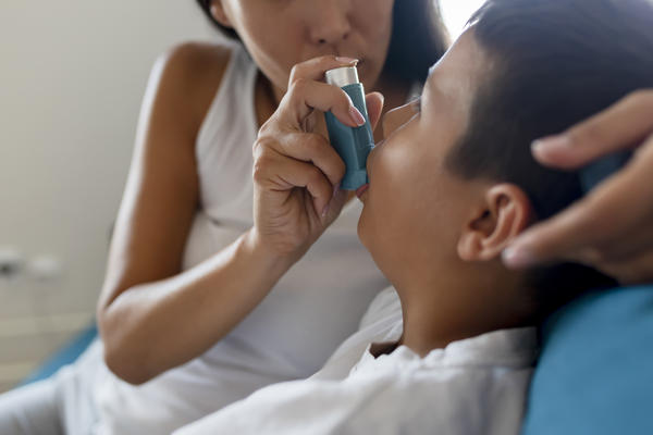 """Fear of having to go to the ER during a pandemic might have led kids with asthma to be more careful about regularly using their """"controller"""" inhalers, researchers suspect. But that's likely only one factor in the decline in ER visits."""
