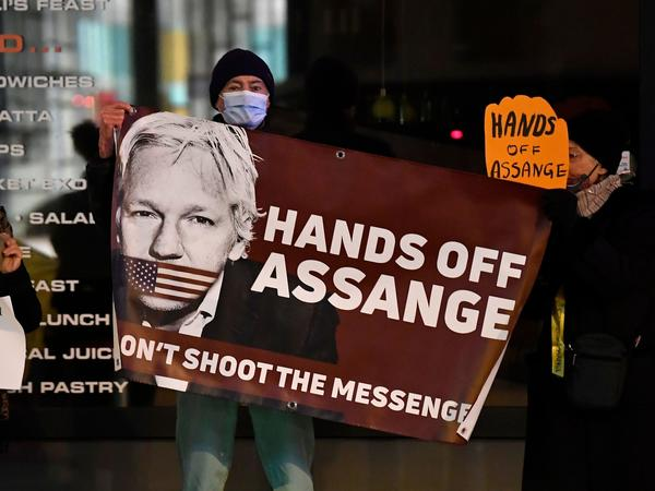 WikiLeaks founder Julian Assange faces 18 federal counts related to allegations of illegally obtaining, receiving and disclosing classified information. He is accused of conspiring to hack U.S. government computer networks, and obtain and publish classified documents related to national security.