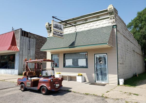 The Chillicothe City Council has dismissed citations against Track Inn Restaurant for violating the state's COVID-19 restriction on indoor dining.