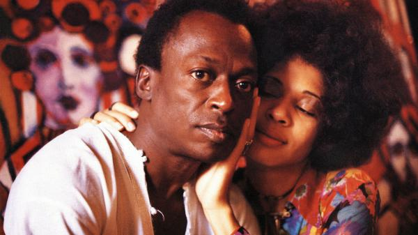 Miles and Betty Davis in color in Miles' New York westside brownstone, 1969