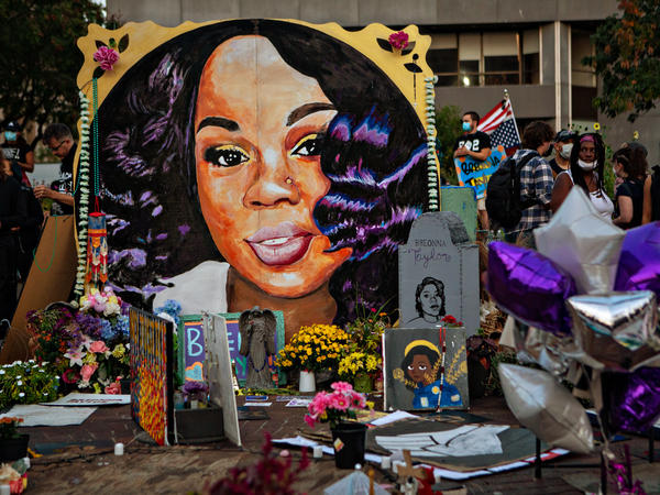 A makeshift memorial in downtown Louisville, Ky., for Breonna Taylor in September 2020. Taylor was killed a year ago in her home during a botched narcotics raid carried out by Louisville police.