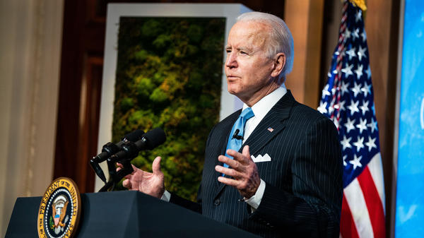 President Biden plans to sign an executive order on Tuesday that will kick off the rulemaking process for a higher minimum wage for employees of federal contractors.
