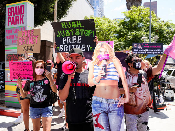 Supporters of Britney Spears protest during her conservatorship hearing in Los Angeles on Wednesday.