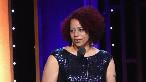 Journalist Nikole Hannah-Jones accepts a Peabody Award in May 2016.