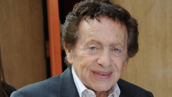 NEW YORK, NY - MARCH 22: Jackie Mason has lunch on 6th Avenue in Manhattan on March 22, 2012 in New York City. (Photo by Bobby Bank/WireImage)