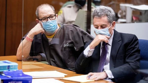 Harvey Weinstein and his attorney Mark Werksman at a pre-trial hearing for Weinstein on July 29, 2021.