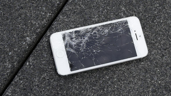 President Biden has signed an executive order that calls for new policies around device repair and how much control manufacturers have over consumers' choices.