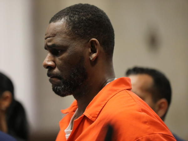 Singer and songwriter R. Kelly at a court hearing in Chicago in September 2019.