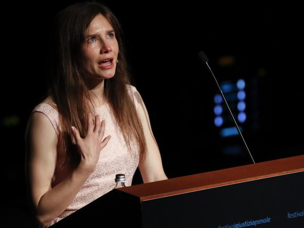 Amanda Knox speaks at a Criminal Justice Festival at the University of Modena in 2019.
