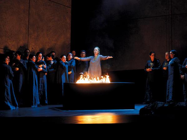 A scene from Francisco Negrin's production of Verdi's <em>Il Trovatore,</em> shown in a performance from the Opera de Monte Carlo.