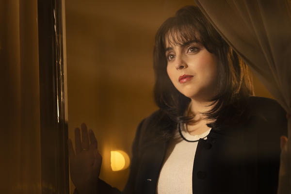 Beanie Feldstein plays Monica Lewinsky in <em>Impeachment: American Crime Story. </em>Lewinsky served as a producer on the show.