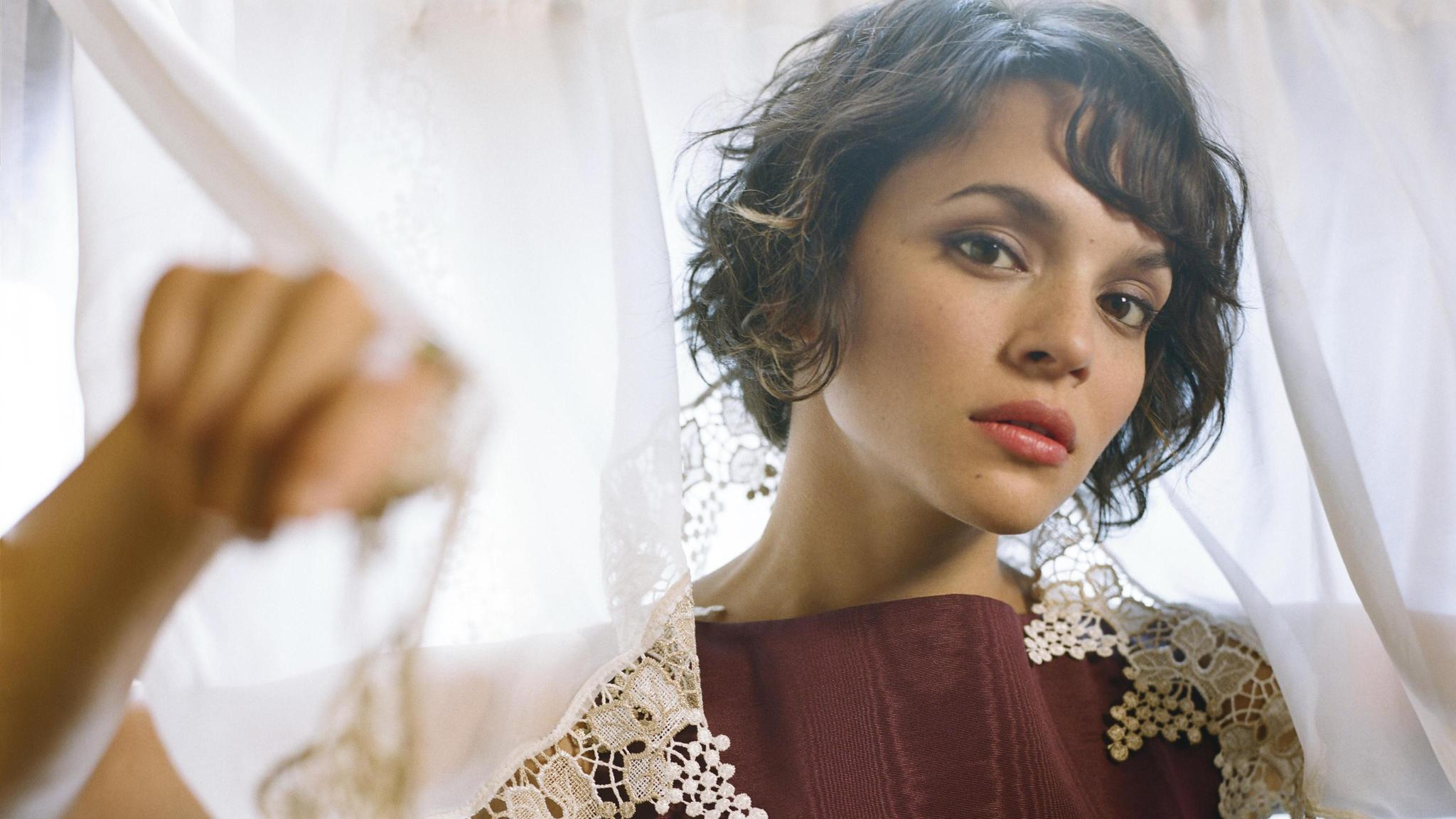 Norah Jones On World Cafe | KRVS