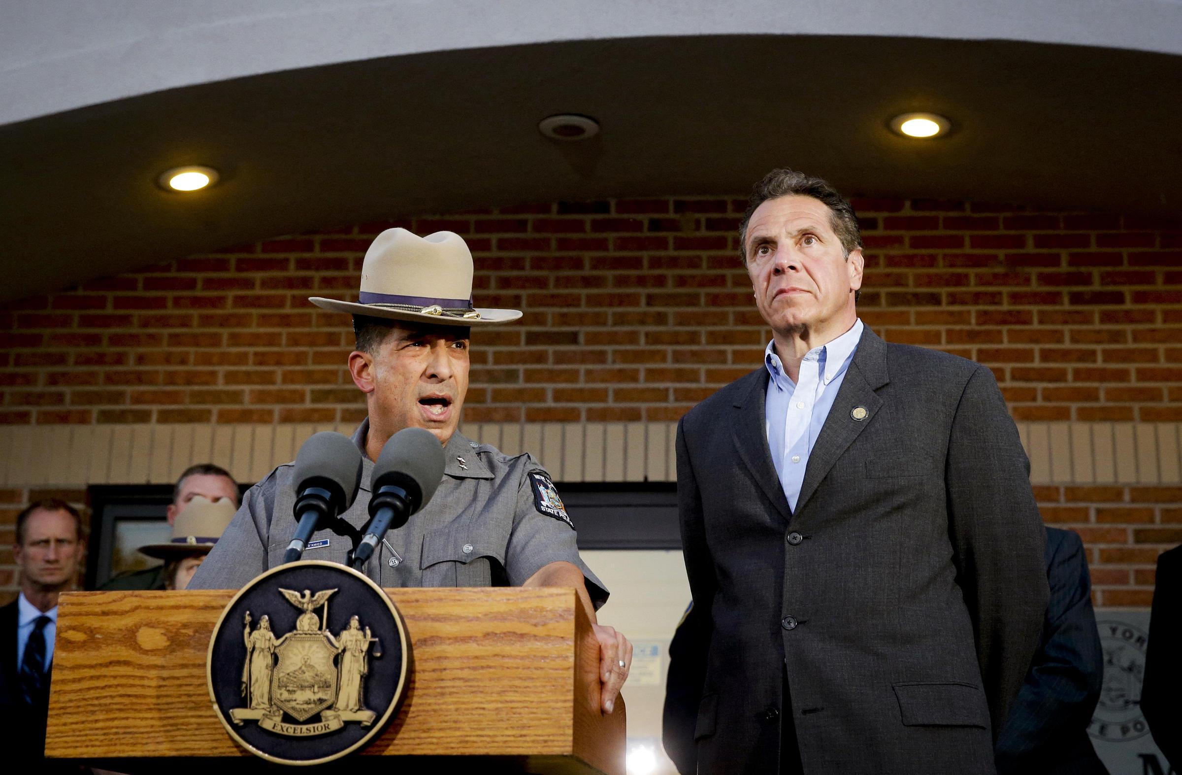 A Dozen Officials Suspended As Probe Into N Y  Prison Break