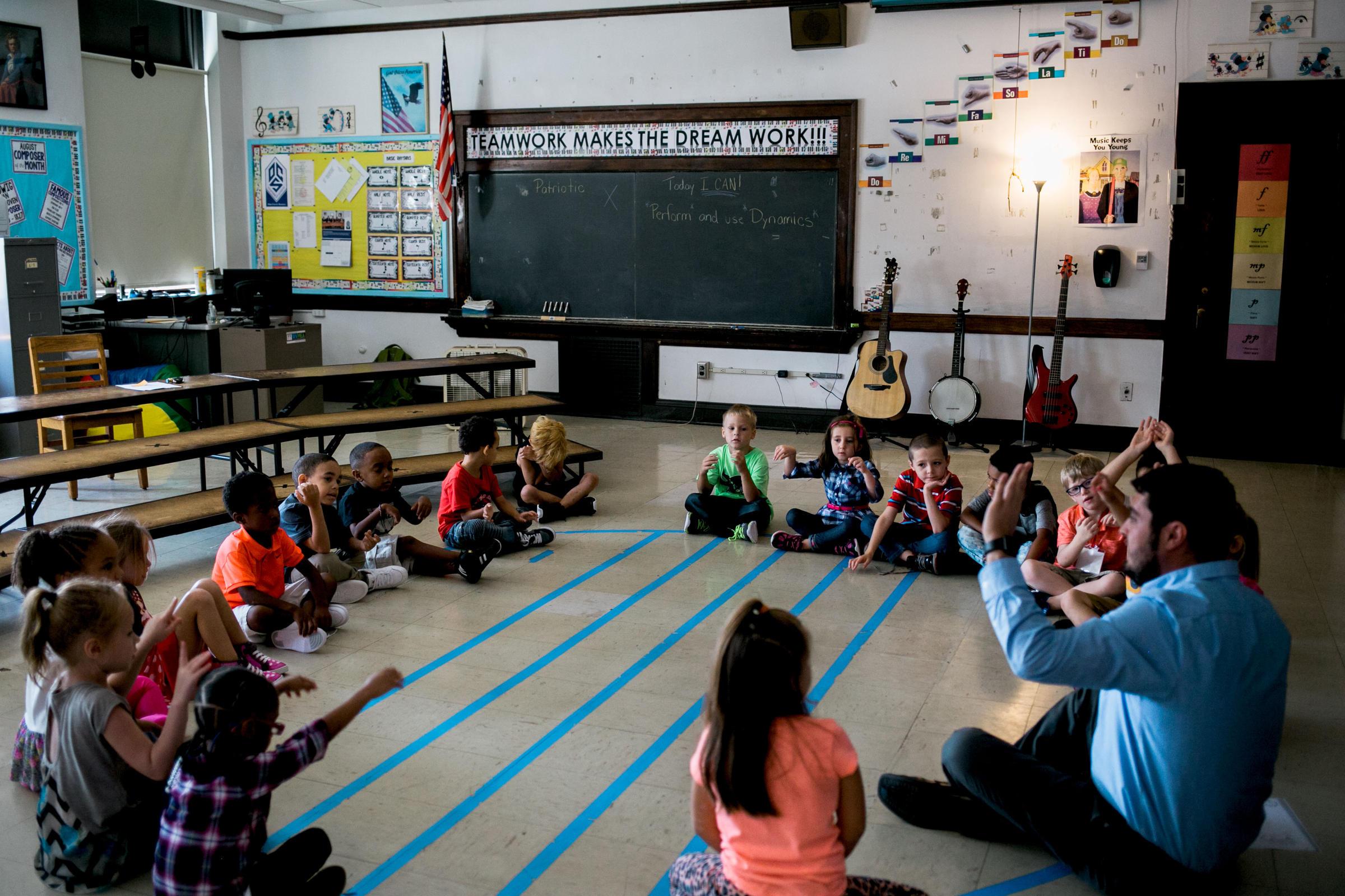 Trauma Can Make It Hard For Kids To >> Teaching Teachers About Trauma Helps Kids Learn Wmky