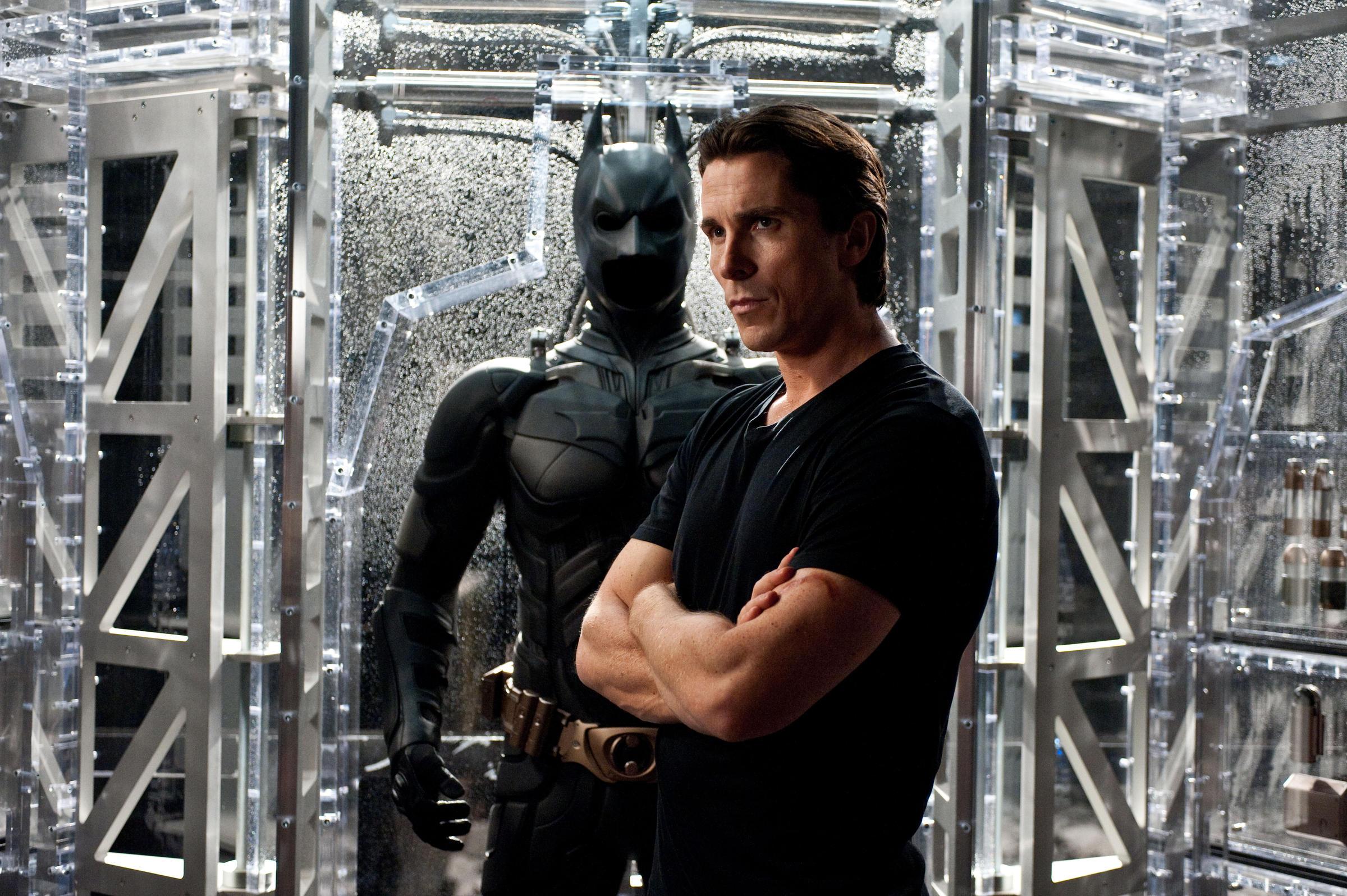 Dark Knight Rises But Saga Ends For Director Nolan Krvs