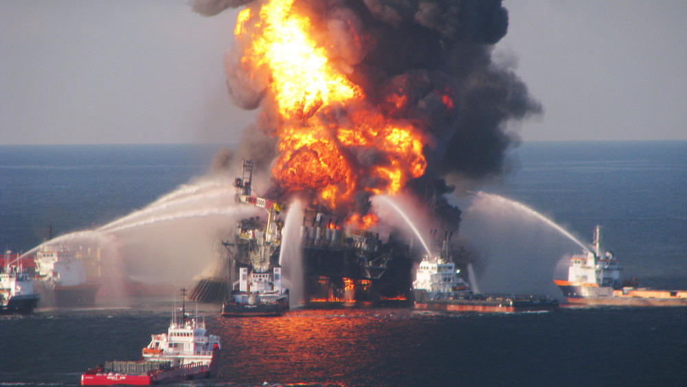 EPA Temporarily Halts New Federal Contracts For BP | KUT