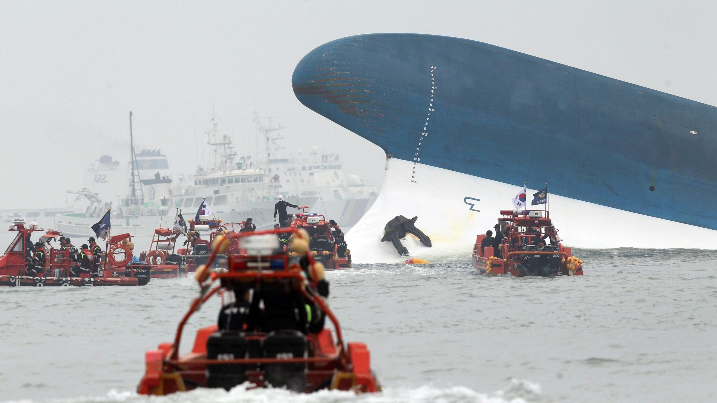 Rescue Crews Dive For Hundreds Still Missing After Ferry