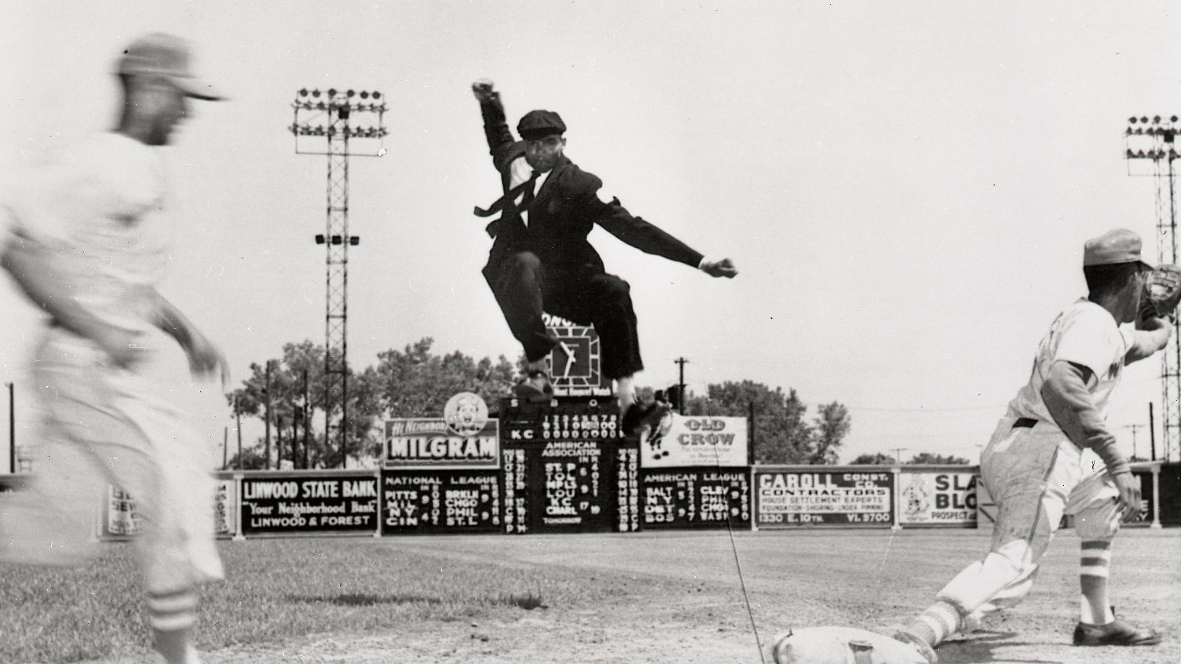 Bob Motley, Last Surviving Negro League Ump, Recalls Baseball History