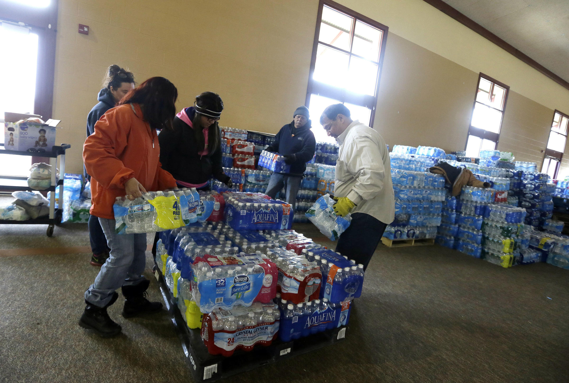 Judge Orders Bottled Water Delivery To Flint Residents Amid Lead