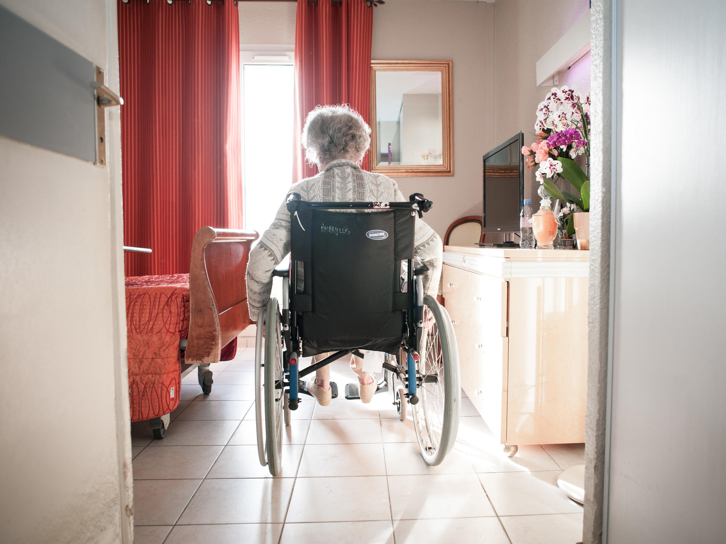 Medicare To Cut Payments To Nursing Homes Whose ... on greenhouse model nursing home, wall art for nursing home, wagon wheel design plans nursing home,