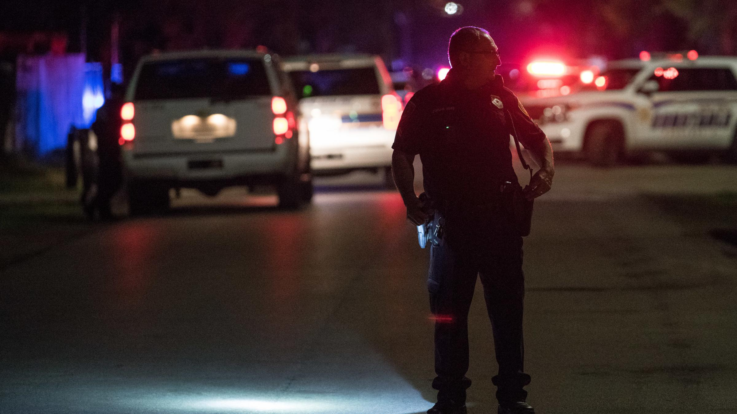 4 Houston Police Officers Shot, Another Injured In Drug Raid