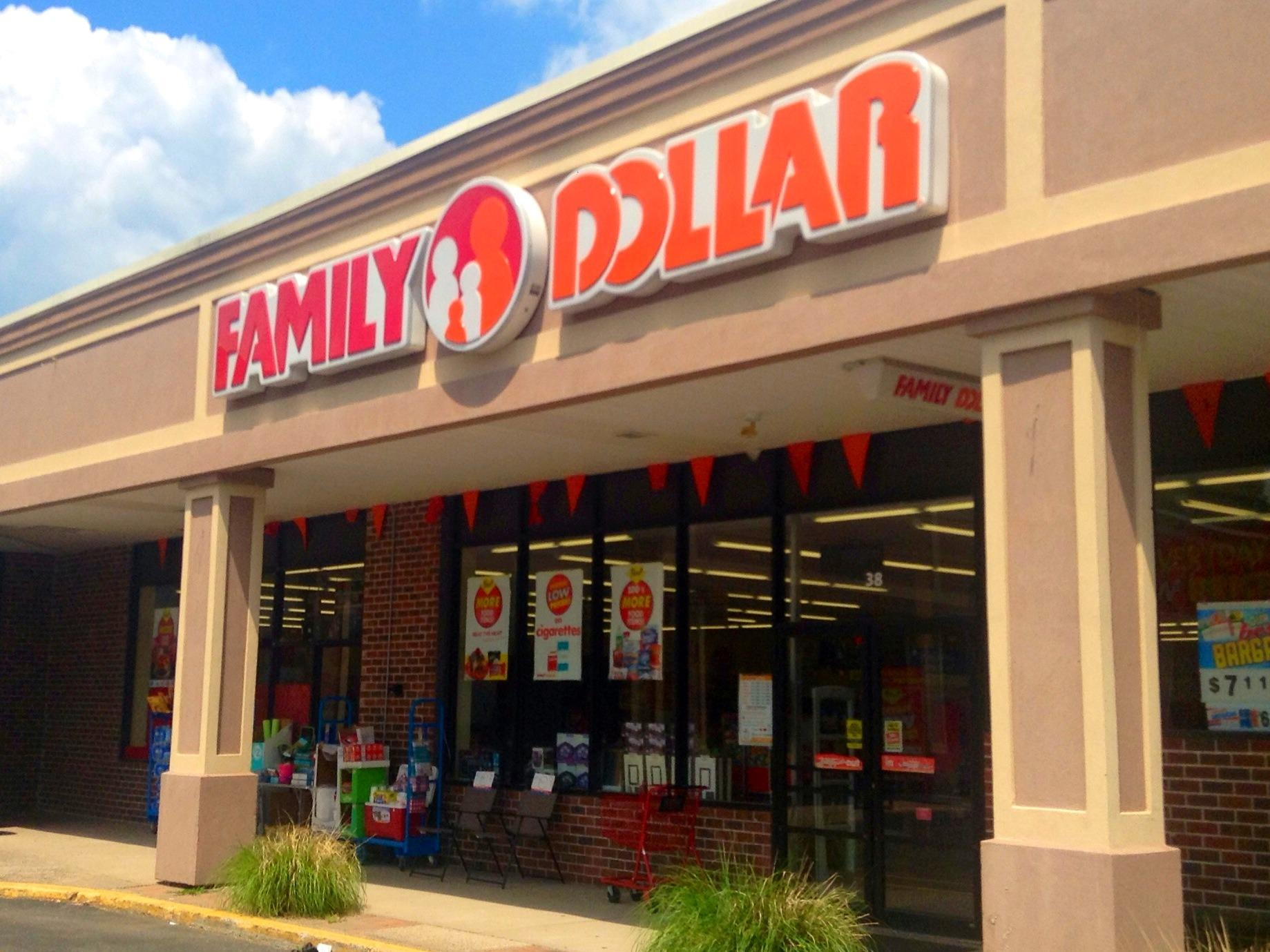 Dollar Tree To Close Up To 390 Family Dollar Stores | WFAE