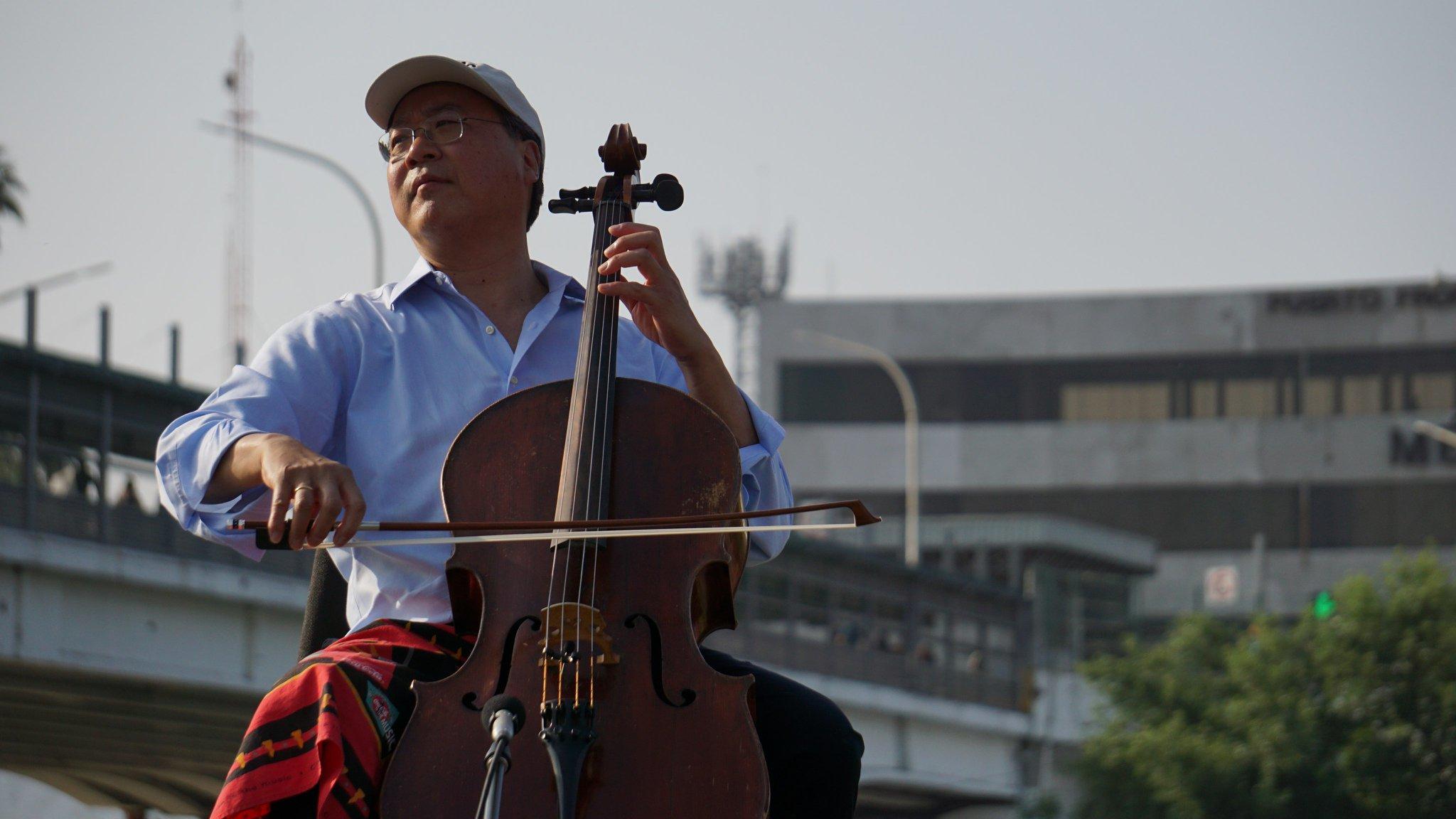 Cellist Yo-Yo Ma Plays Bach In Shadow Of Border Crossing   KUT