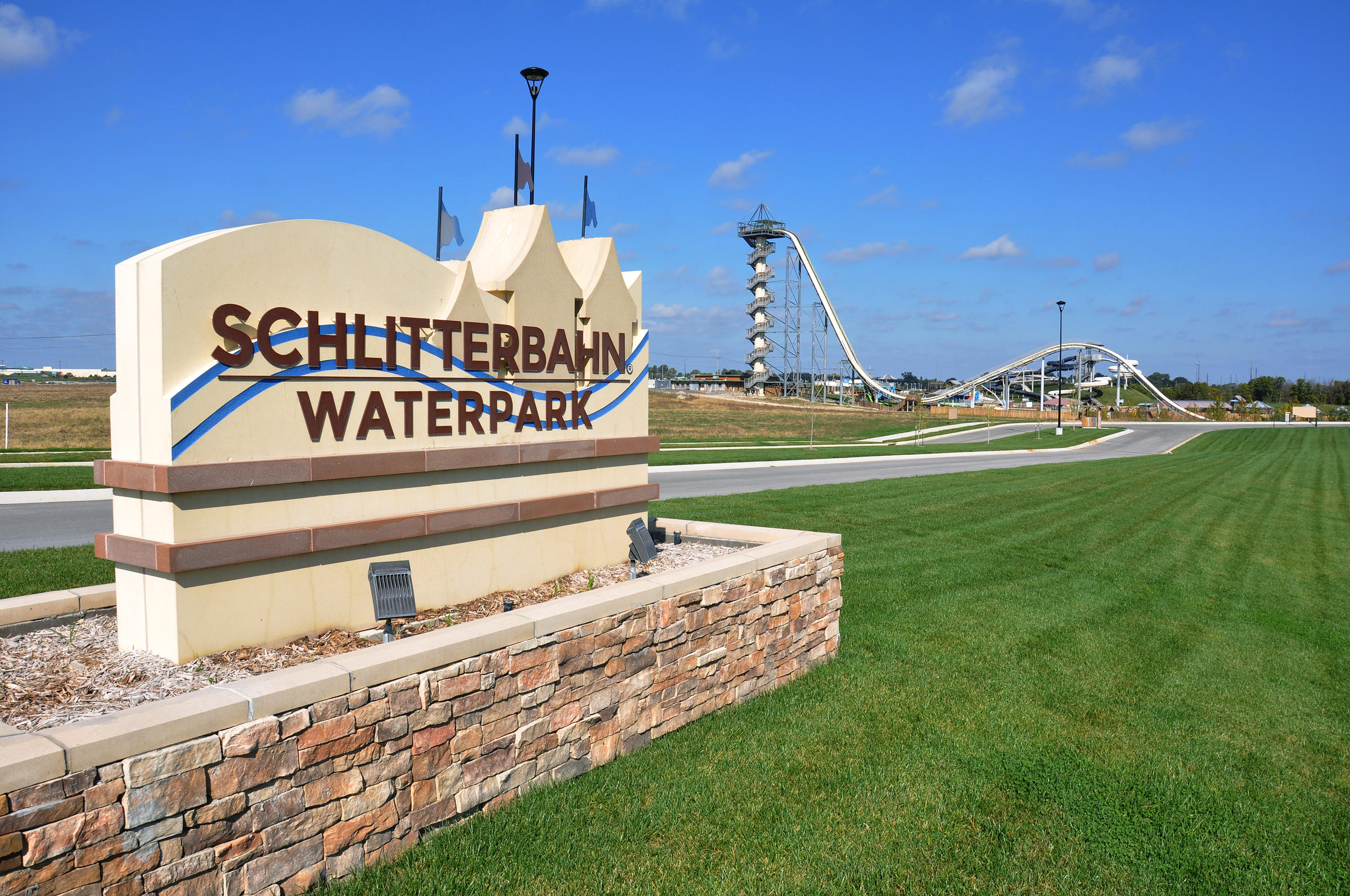 Schlitterbahn sells water parks in New Braunfels, Galveston