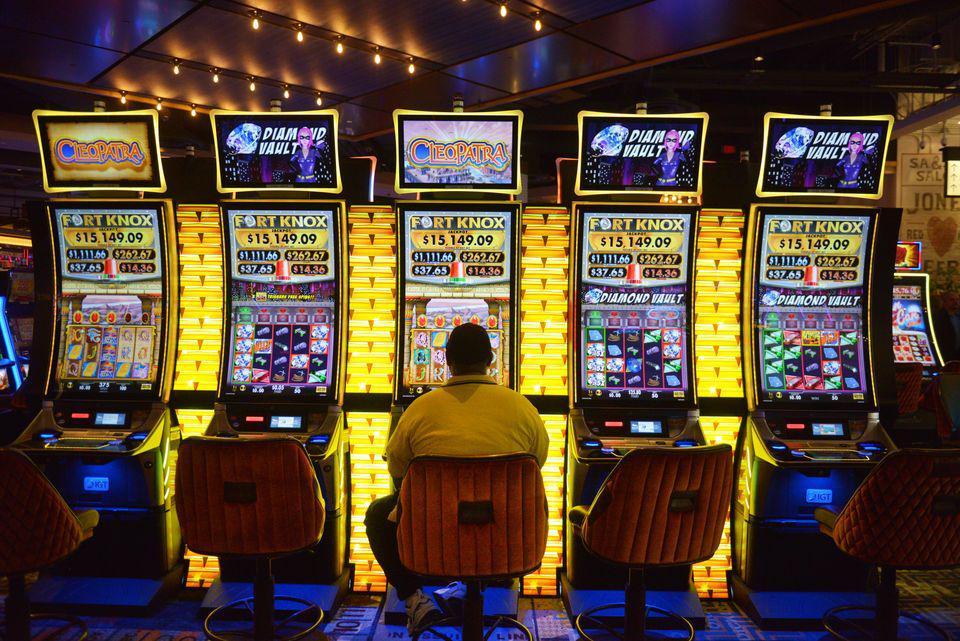 Mass. AG: Slot Machine Technician Stole $22K From MGM Springfield |  Connecticut Public Radio
