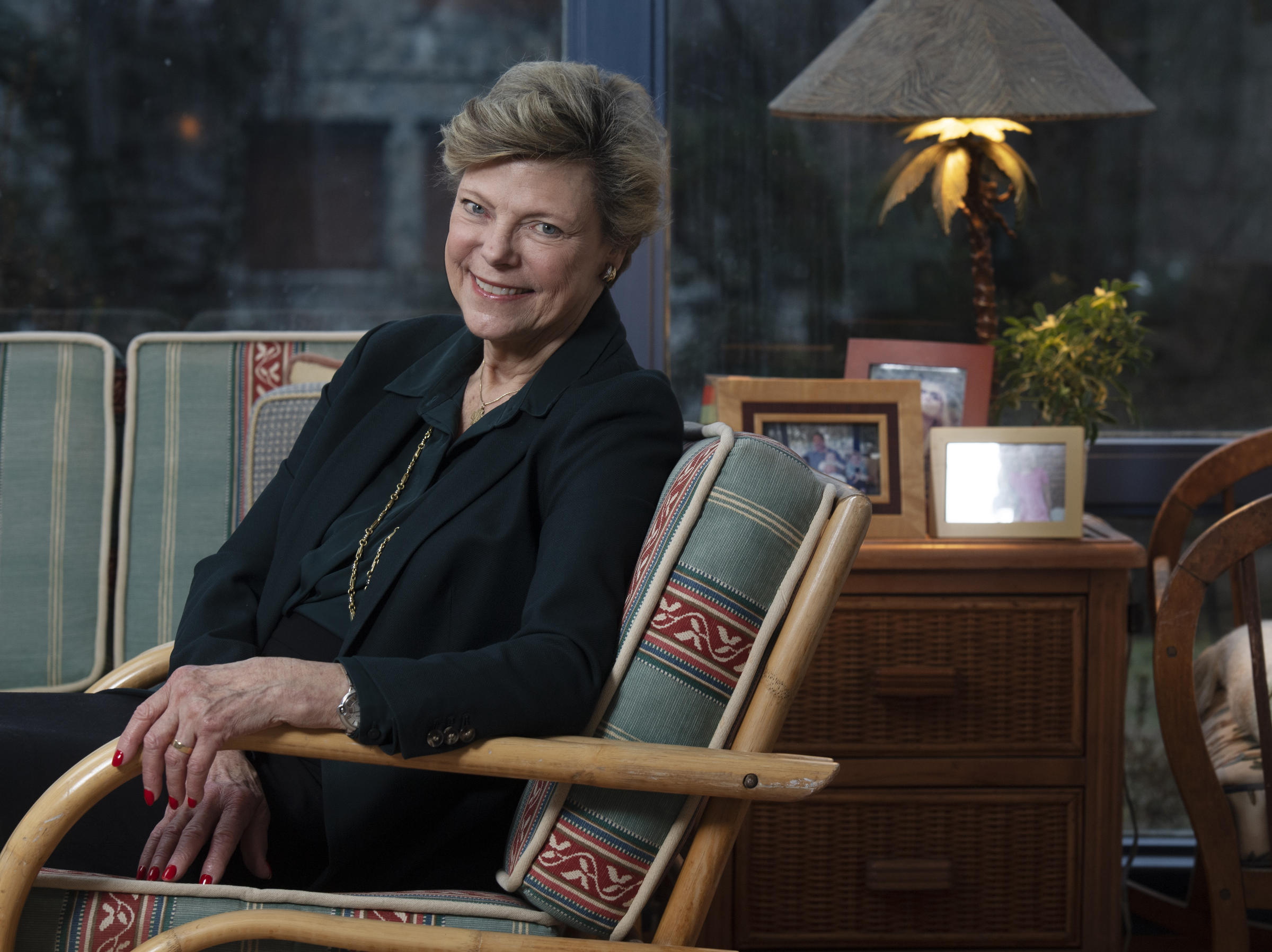 Legendary ABC News political journalist Cokie Roberts dies at age 75