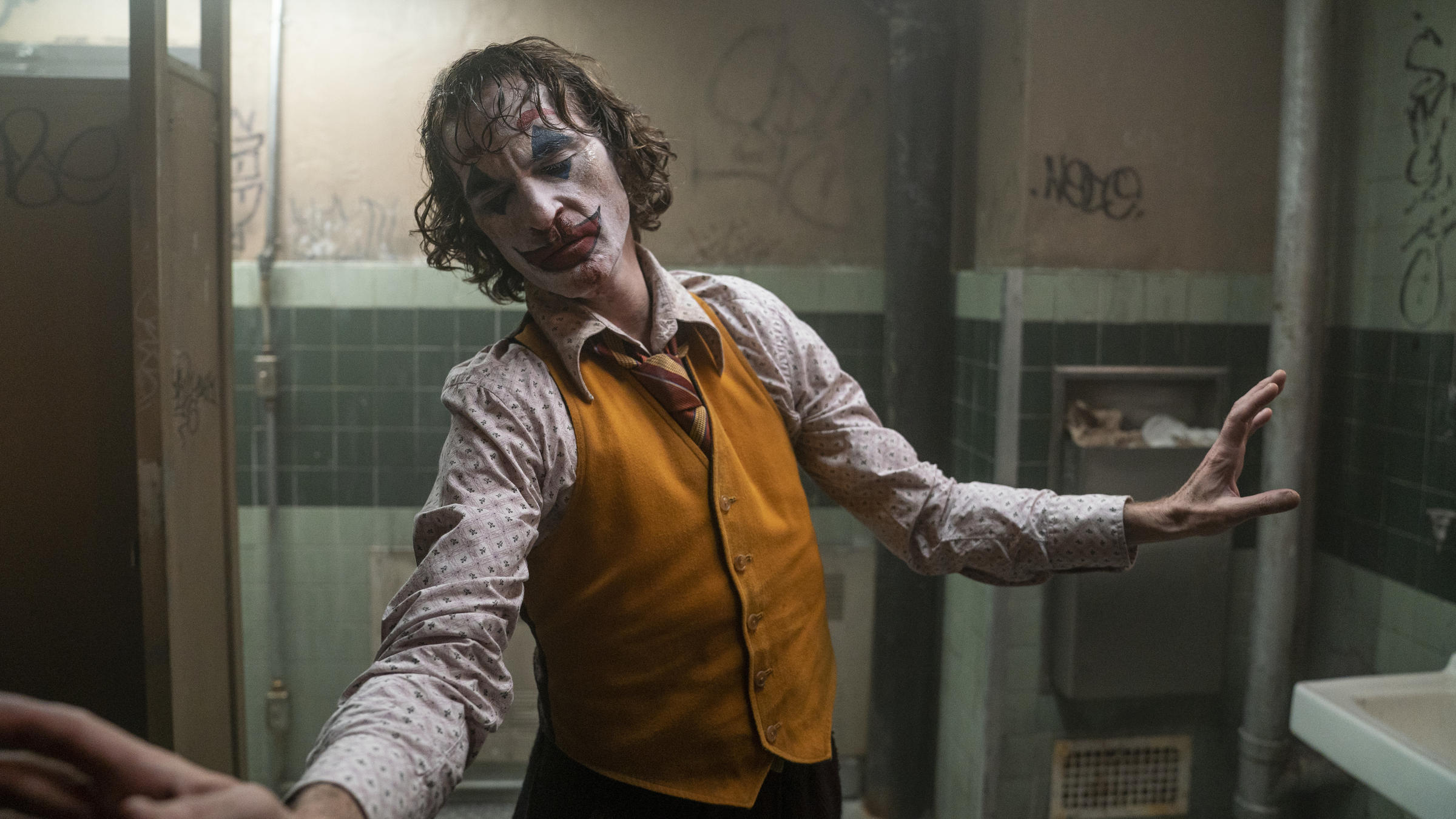 Composer Un Menu De Noel.Composer Hildur Gudnadottir Finds The Humanity In Joker Wvtf