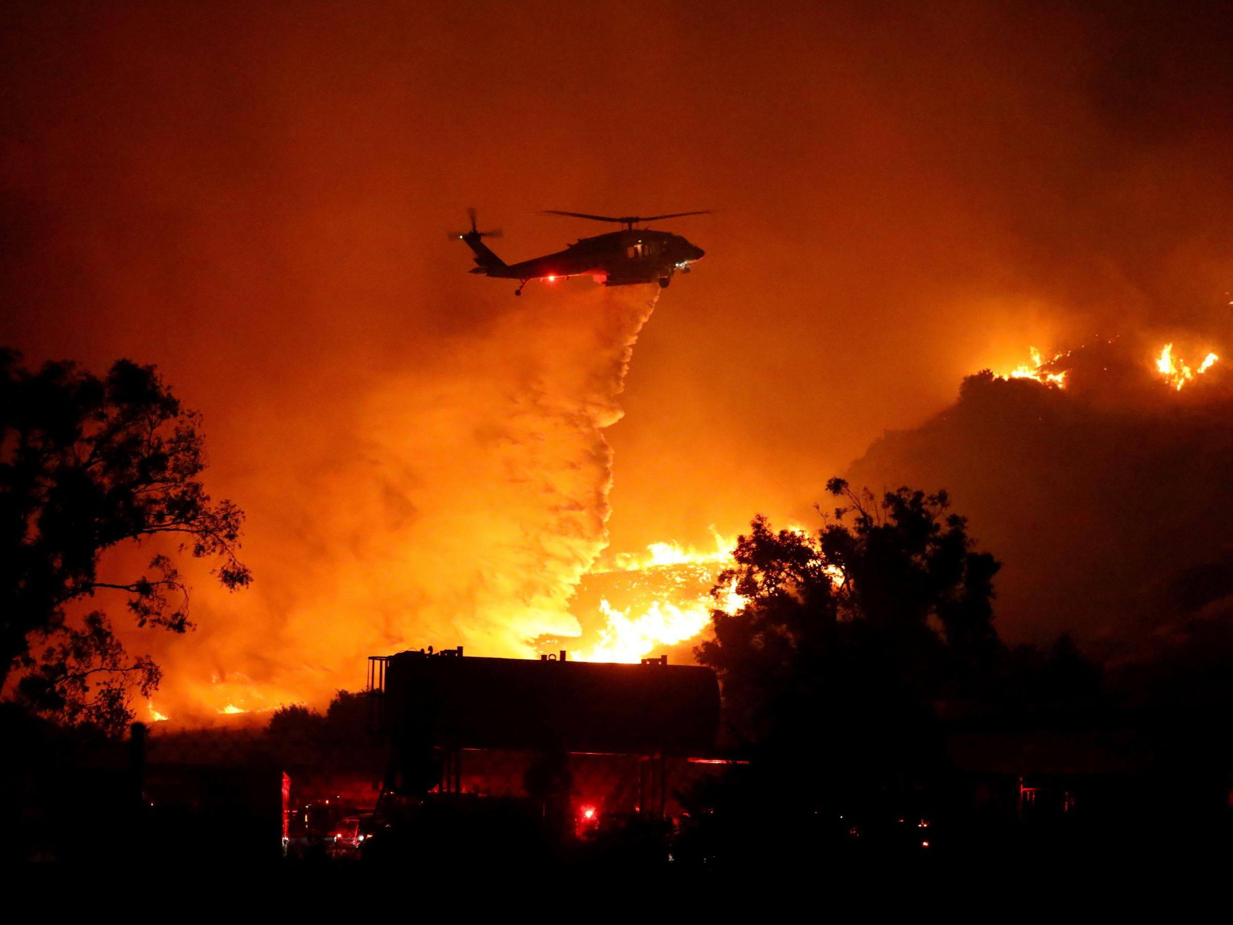 3 Dead In Southern California Wildfires Npr Illinois