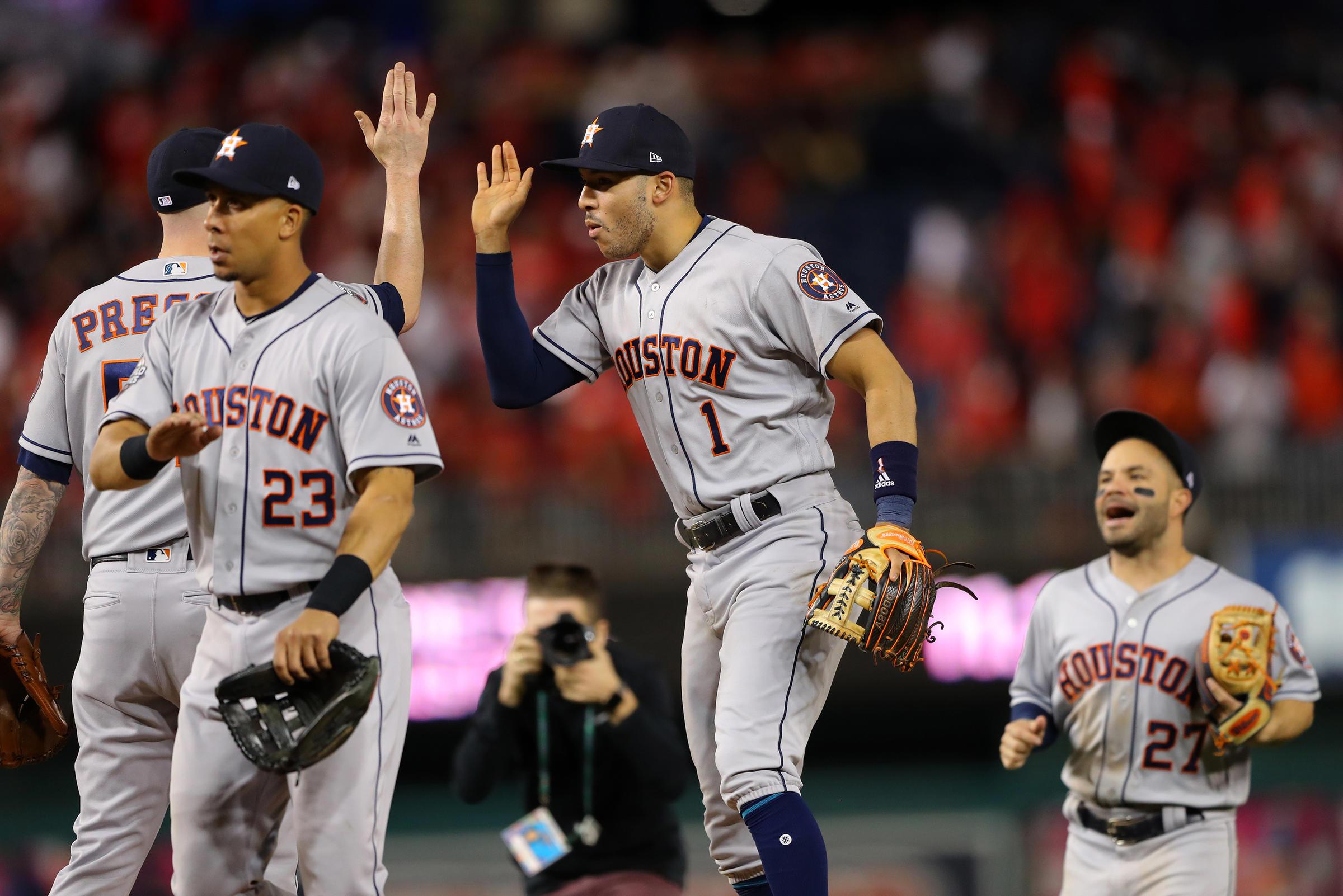 Astros World Series >> Houston Astros Take 3 2 World Series Lead Over Washington