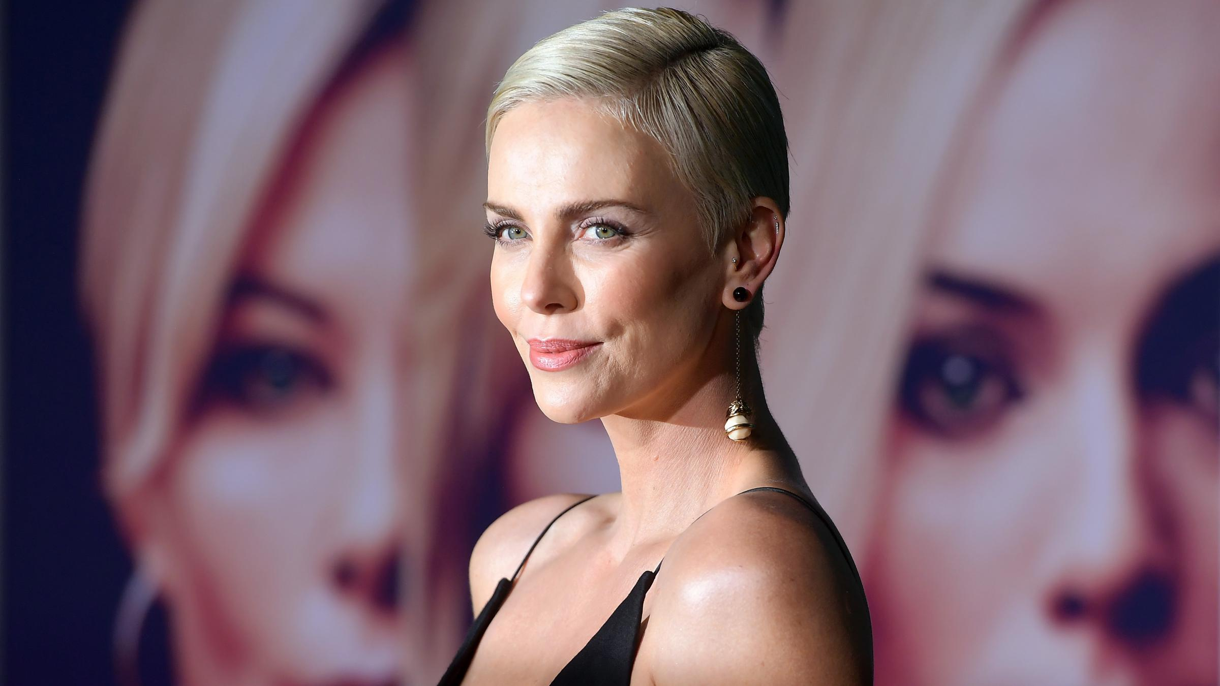 Charlize Theron: I enjoy sex scenes with both men and